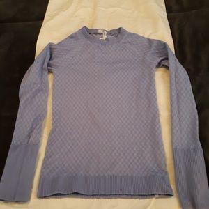Lululemon  long sleeved fitted shirt